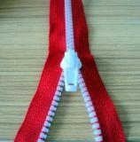 Zipper plástico para o vestuário, os sacos, a matéria têxtil e as sapatas 3# 5# 8#