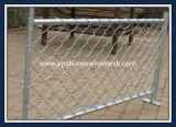熱い浸された電流を通されたチェーン・リンクの塀