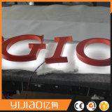 Os sinais iluminados halo de Shopfront para trás iluminam letras
