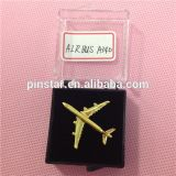 2015 новый значок Pin Pin Mini Airplane Model Metal 3D Airplane Lapel