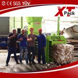 Máquina da prensa de Xtpack usada comprimindo o papel Waste