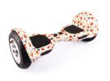 子供のクリスマスのギフト自己のバランス2の車輪の電気スケートボードのスクーター