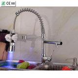 Faucet extraível do dissipador de cozinha do diodo emissor de luz da cor do pulverizador 3 do tamanho pequeno (QH0783SF)