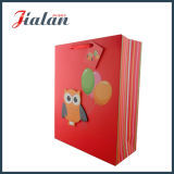 Sac de papier fait sur commande estampé par modèle animal rouge de dessin animé du hibou 3D