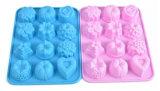 Moulage de silicones de moulage de gâteau de forme de fleur de Muti de traitement au four de silicones d'outils de traitement au four de catégorie comestible dans le traitement au four de moule à gâteaux