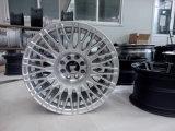 中国の工場からの自動車輪