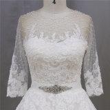 A - Zeile Spitze, die 3/4 Hülsen-Braut-Kleid bördelt