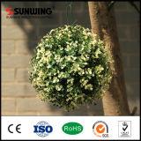 Sunwingの最高によって模倣される屋外の多彩な人工的なBoxwoodの装飾刈り込み法の球