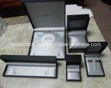 Черная пластичная коробка ювелирных изделий с бумагой Leatherette