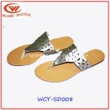 Alte cadute di vibrazione di modo dei sandali del cuneo per le signore