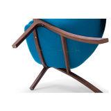 La poltrona di Cassina P22 della presidenza di salotto di svago ha progettato da Patrick Norguet