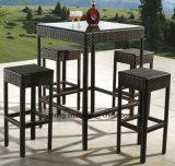 Barra impermeável do Rattan sintético ao ar livre da tabela de Chair& da barra da mobília do hotel ajustada (YT015-2)