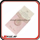 봉투를 가진 니스 인사말 권유 카드를 인쇄하는 관례
