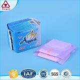 Serviette hygiénique remplaçable d'ailes de coton