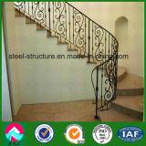 Полуфабрикат восхитительные характерные поручни лестницы утюга