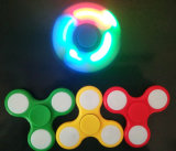 새로운 디자인 싱숭생숭함 방적공은 LED 빛을%s 가진 EDC 손 방적공을