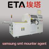 Picareta de SMT e máquina do lugar para a luz do diodo emissor de luz