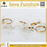 Boucle en plastique décorative et d'or de serviette pour la noce