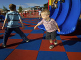 遊び場のための標準的なスクエアラバータイル、ラバーフロア