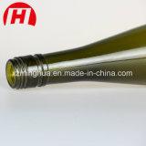 Botellas verdes de Tokay del vidrio de vino con los tapónes del corcho