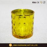 De in reliëf gemaakte Houder van de Kaars van het Glas met Gouden Plateren