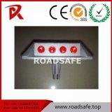 Roadsafe 교통 안전 공도 두 배 측 묘안석 Embeded 유리제 사려깊은 알루미늄 도로 장식 못