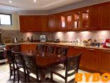 古典的な米国式の台所家具