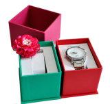 Caixa de relógio feita do cartão e do Leatherys97