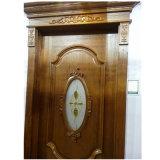 Высекать нутряную дорогую деревянную дверь