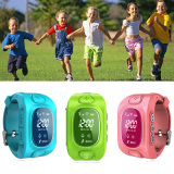 Tirple 위치를 가진 최신 판매 아이 GPS 추적자 시계