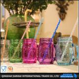 De kleurrijke In reliëf gemaakte Kruik van de Metselaar van het Glas met Handvat