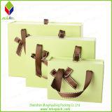 Eleganter Pouched steifer Papiergeschenk-Kasten für Hochzeits-Bevorzugung