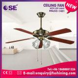 新しいデザイン52インチのライト(HgJ52-1401)が付いている装飾的な天井に付いている扇風機