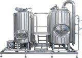 生ビールの発酵槽の生産の醸造装置かクラフトのビール醸造所