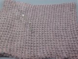 Xaile feito malha cor-de-rosa para o aquecedor da garganta do acessório de forma das mulheres
