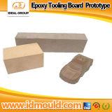 Prototipo di legno della lavorazione con utensili della scheda del prototipo della generazione di legno chimica a resina epossidica del prototipo