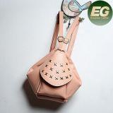 Nueva bolsos tachonados Emg4878 de la maneta del bolso del fin de semana del morral de las señoras de la llegada estrella de cuero solos