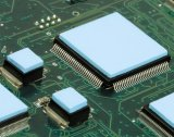Het hoge Stootkussen van de Vuller van het Hiaat van het Stootkussen van het Silicone van het Geleidingsvermogen Uiterst dunne Geleidende Thermische Geleidende voor GPU