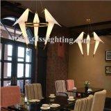 Lustre s'arrêtant de DEL de lampe pendante d'oiseau d'éclairage d'intérieur blanc moderne d'en cuivre pour la salle à manger