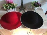 Senhora larga relativa à promoção Chapéu de lãs da cor vermelha da borda para a mulher