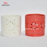 Lanterna d'attaccatura di ceramica decorativa Vuota-fuori del supporto di candela di personalità