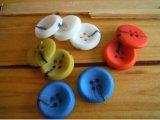 El botón colorido más nuevo y de la manera del diseño de la resina