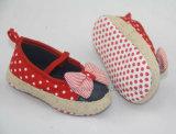 с ботинками младенца Ws1047 смычка красотки