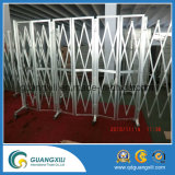 Porte pliante en aluminium avec roulettes