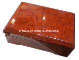 Caixa de madeira delicada do revestimento lustroso luxuoso da alta qualidade