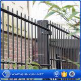 Portas dobro galvanizadas mergulhadas quentes da cerca de fio do laço do PVC com preço de fábrica