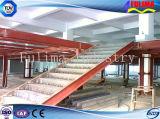 研修会(FLM-SP-012)のための鋼鉄ステアケースか階段または階段