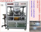 De kosmetische (wenkbrauw) Automatische Machine van Assemly en het Vullen
