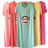 Peau confortable de fin de doux de pyjamas de dames
