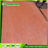 Contre-plaqué rouge de bois dur pour le marché de l'Egypte